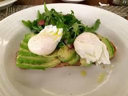 eggs and avo